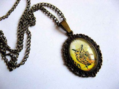 Pandantiv bufnita culoare galben inchis, colier si pandantiv femei 29440