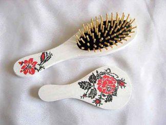 Set cu model floral stilizat, set oglinda si perie cu flori rosii 29507