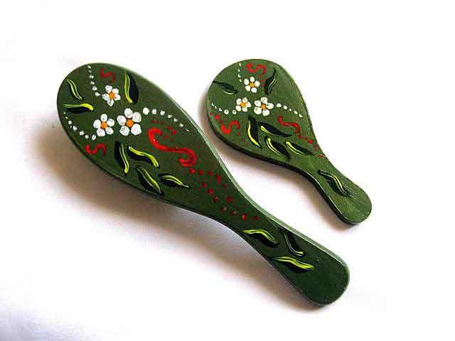 Set oglinda si perie par, set cu flori de musetel si alte ornamente 28008 poza a 2a