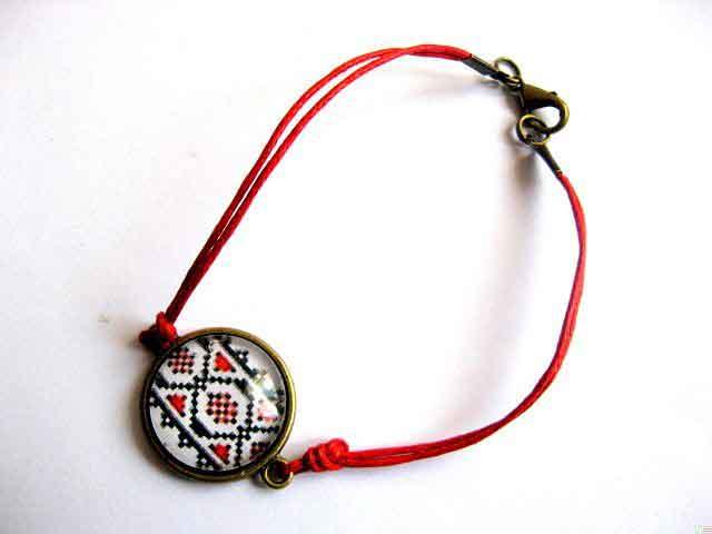 Bratara snur rosu, bronz si sticla, bratara cu motiv traditional 29663