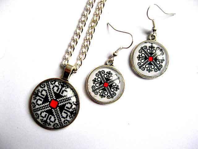 Colier cu pandantiv si cercei, set bijuterii femei cu motiv traditional 29685