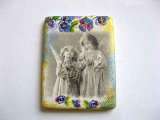 Ingeri de copii imagine alb negru si flori multicolorare, magnet decoratiune frigider 23511
