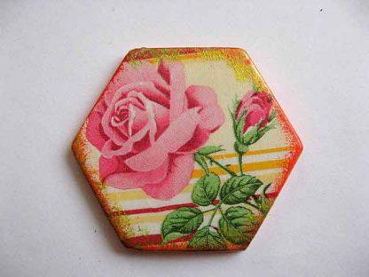 Magnet hexagonal cu model floral, magnet din ipsos pentru frigider 23635