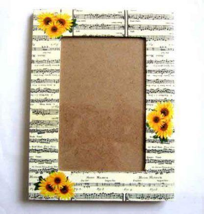 Rama cu portativ muzical si floarea soarelui, rama foto din lemn 26983