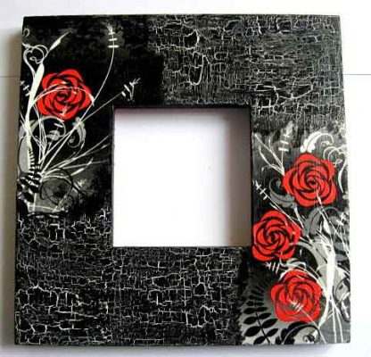 Rama foto trandafiri rosii stilizati pe fundal vintage, rama fotografie lemn 21171
