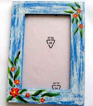 Rama lemn cu model floral pe fundal epoca culori albastru si blue, rama foto 15413