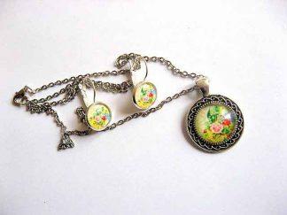 Set bijuterii cu flori pe fundal galben, set bijuterii femei 29600