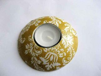 Suport rotund cu ornamente pe fundal galben, suport lumanare ipsos 21065