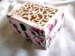 Cutie de lemn cu magnolii rosii, cutie de lemn decorata 29711