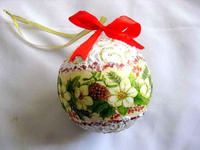 Glob brad cu model floral si con de brad, decoratiune brad sarbatori iarna 29875