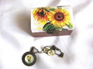 Set cadou femei cutie, cercei si colier cu pandantiv, set cu floarea soarelui 29701