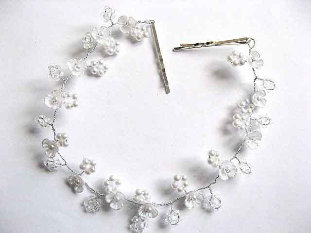 Coronita mireasa floricele sidefate, perle sticla si cristale, bijuterie nunta 30042