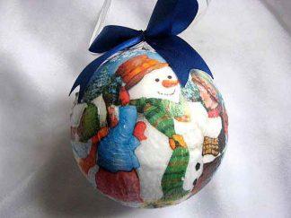 Glob cu copii care fac un om de zapada, ornament brad sarbatori 29922