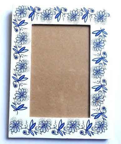 Rama foto cu flori stilizate albastre, model de rama 31943