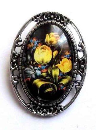 Brosa cu lalele galbene si alte flori, brosa femei 32241