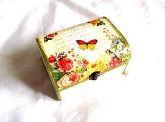Cutie model exotic: flori, papagal si fluture, cutie lemn 32442