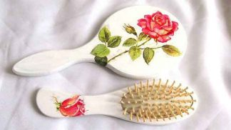 Set trandafiri rosii, set femei oglinda si perie par 32304 poza 1