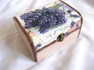 Buchet flori lavanda fundal carte postala, cutie lemn 28024