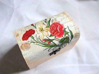 Buchet flori rosii, galbene si albastre, cutie lemn 32672