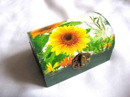 Flori floarea soarelui si alte flori, cutie de lemn 28036