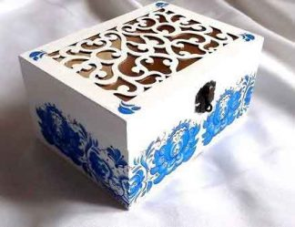 Motiv traditional flori stilizate albastre, cutie lemn 32111