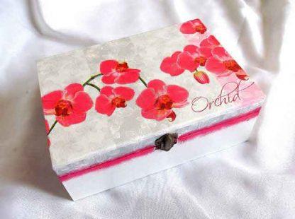 Orhidee rosii, cutie de lemn cu model floral 32517