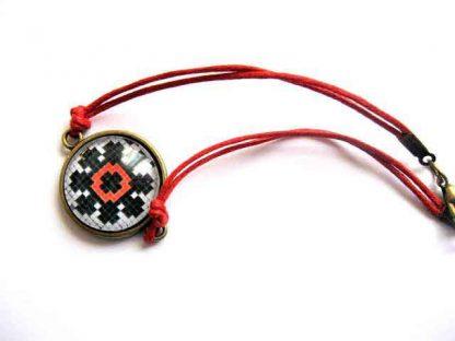 Bratara cu floare stilizata, bratara simpla cu motiv traditional 29667