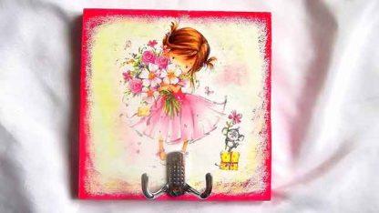 Cuier cu fata cu buchet de flori in brate, cuier haine 32115