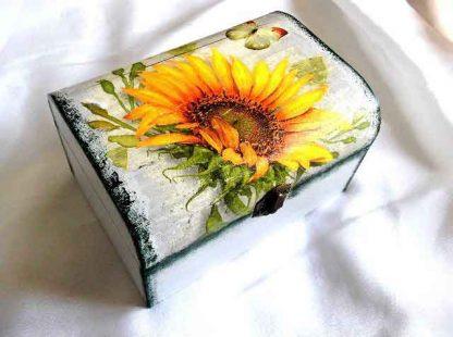 Cutie cu floarea soarelui, cutie de lemn decorata 32884