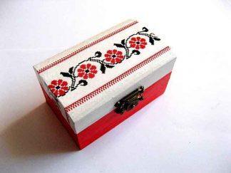 Cutie cu motiv traditional, flori stilizate rosu si negru, cutie lemn 27499