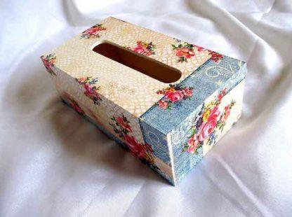 Cutie servetele cu model floral, cutie de lemn pentru servetele 32523 alt unghi