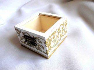 Cutiuta cu motive traditionale verzi, cutiuta bijuterii femei 32866