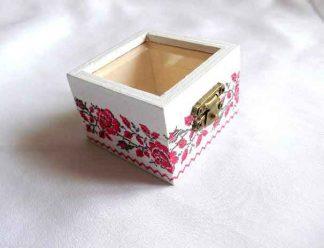 Cutiuta lemn, cutiuta cu motiv traditional 32835