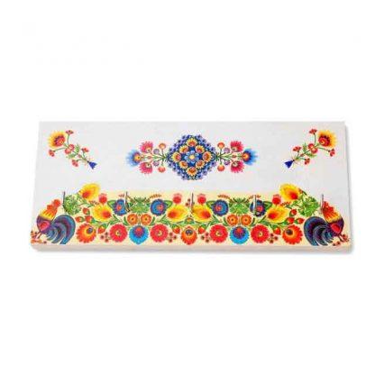 Flori stilizate si doi cocosi, cuier lemn cu motiv traditional in culori vii 8204 pe alt fundal