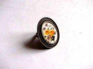 Inel cu flori mov si galbene, inel reglabil 32384