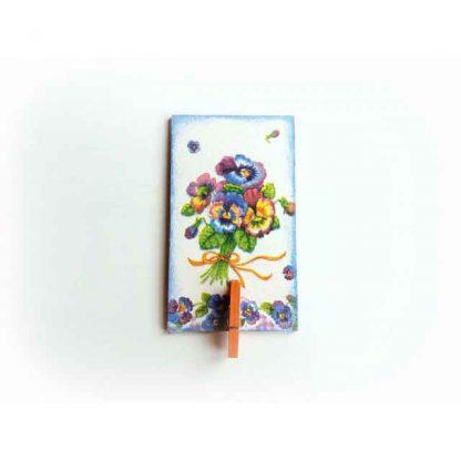 Magnet cu buchet de flori, magnet prevazut cu cleme din lemn 131543