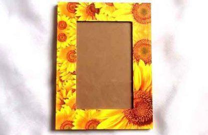 Rama foto cu flori de floarea soarelui, rama foto lemn 32137