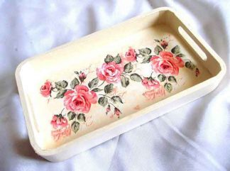 Tava cu trandafiri rosii pe fundal galben, tava lemn 32524