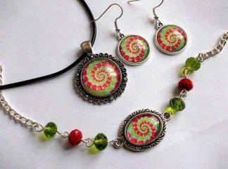 Bijuterii mandala spirala verde cu rosu, set bratara, cercei si pandantiv 32954