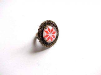 Inel bronz si sticla, inel reglabil cu motiv traditional 32925