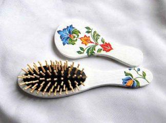 Set cu motiv traditional, flori stilizate, set perie par si oglinda 32920