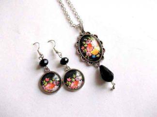 Set flori de primavara pe fundal negru, set bijuterii cristale fatetate 32939
