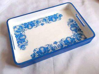 Tava cu motiv traditional floral stilizat albastru, tava lemn mic dejun 32747