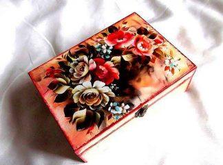 Cutie model floral pe fundal metalizat, cutie lemn decorata 33270