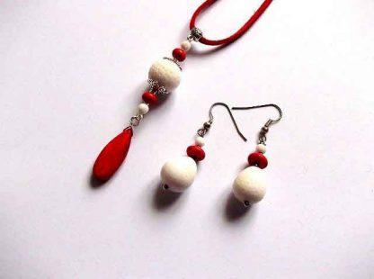 Bijuterii howlit rosu si coral alb, set colier cu pandantiv si cercei 33314
