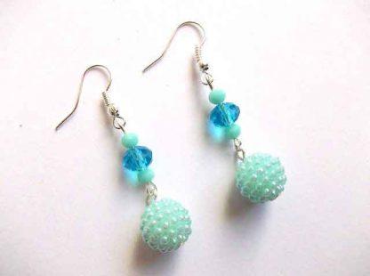 Cercei cu margele acrilice si cristale, cercei culori blue / albastru deschis 33312