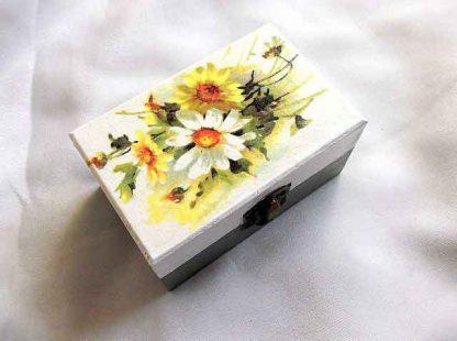 Cutiuta cu buchet de flori alb si galben, cutiuta cadou 33291