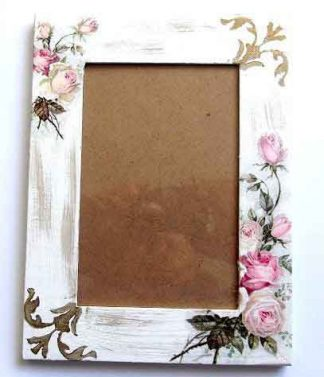 Rama decorata cu trandafiri roz, rama lemn fotografii 33296
