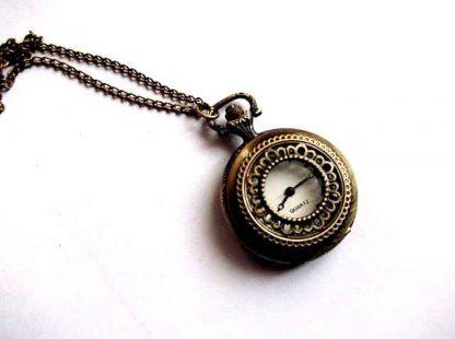 Ceas cu Quarz din metal, ceas pandantiv inchis model 33994