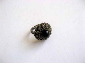 Inel reglabil cu sticla neagra, inel sticla si metal 26083